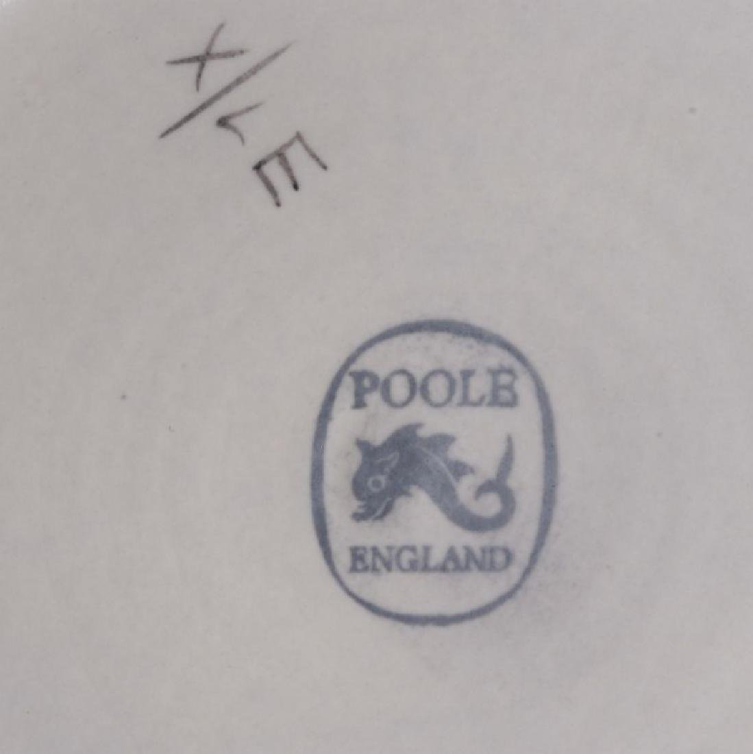 POOLE AND OTHER ENGLISH STUDIO POTTERY PIECES - 8
