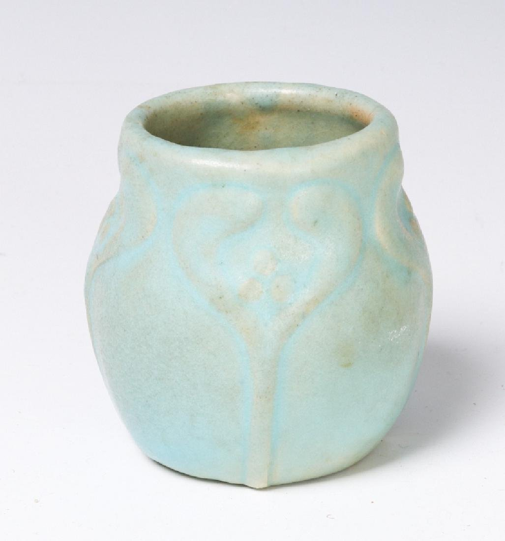 VAN BRIGGLE VASE NO 179 FROM 1907 TO 1912 PERIOD - 2