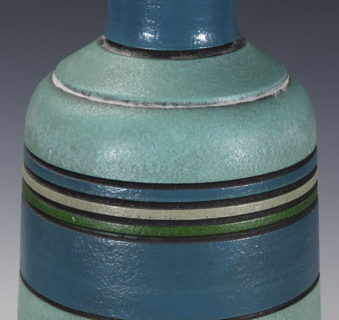 A MID 20TH CENT CERAMIC LAMP SIGNED LONDON LAMP - 3