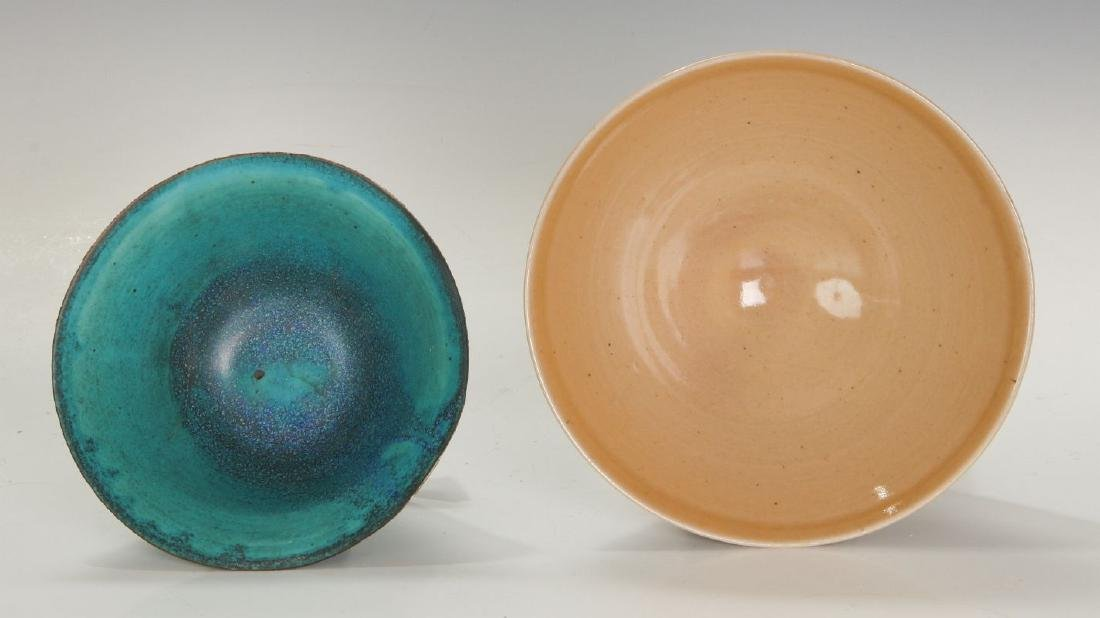 TWO LATE 20TH CENTURY STUDIO POTTERY BOWLS