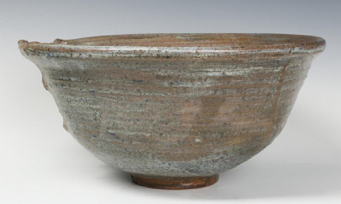 AN UNIDENTIFIED LATE 20TH C STUDIO POTTERY BOWL - 4