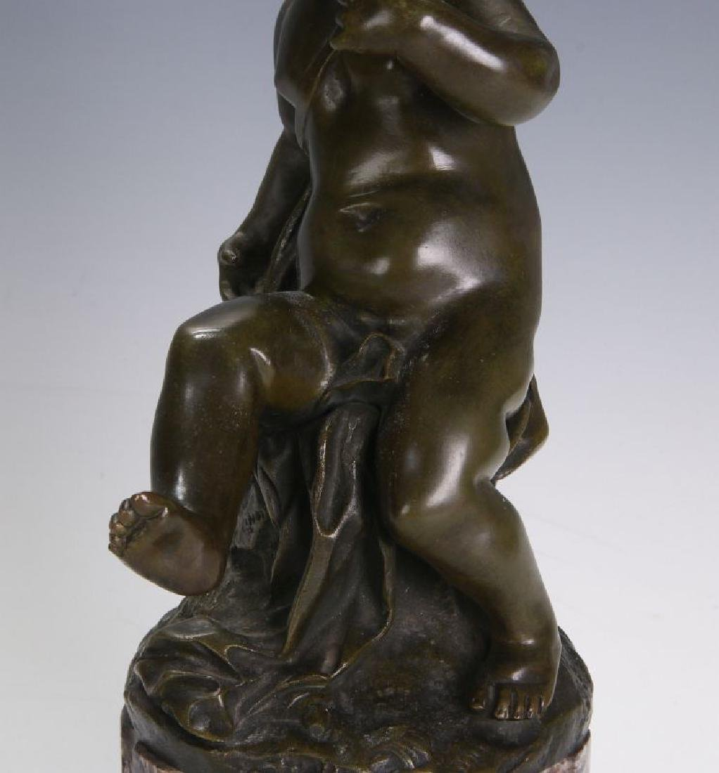A FINE 19TH C FRENCH BRONZE PUTTO ON MARBLE COLUMN - 9