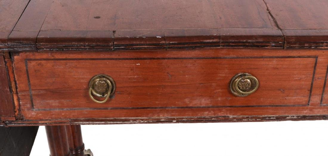 AN 18TH C. DUNCAN PHYFE STYLE DROP LEAF SIDE TABLE - 3