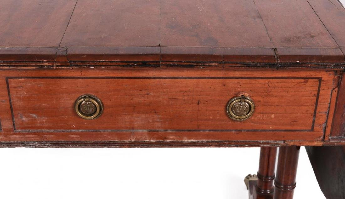 AN 18TH C. DUNCAN PHYFE STYLE DROP LEAF SIDE TABLE - 4