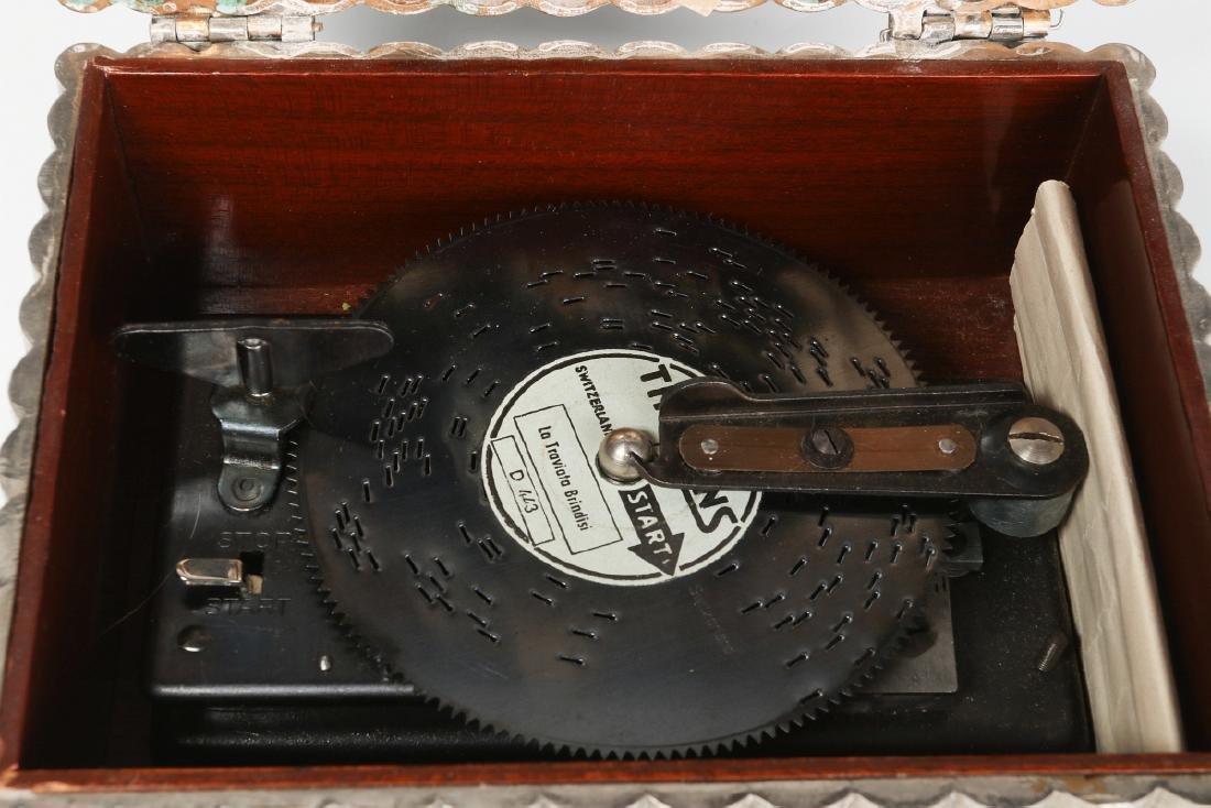 A FRED ZIMBALIST MUSIC COMPANY THORENS MUSIC BOX - 9