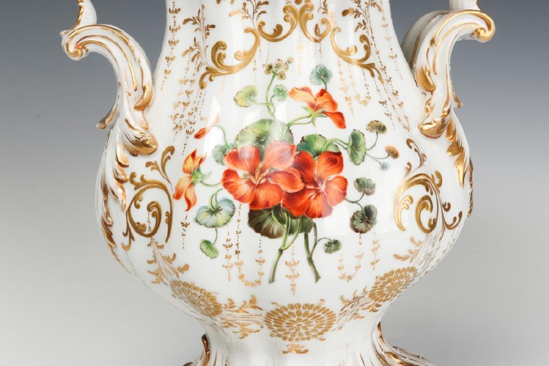 A 19TH CENTURY OLD PARIS ROCOCO PORCELAIN VASE - 5