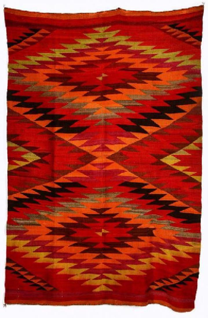 AN EARLY 20TH CENTURY NAVAJO TRANSITIONAL WEAVING