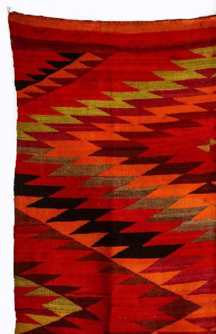 AN EARLY 20TH CENTURY NAVAJO TRANSITIONAL WEAVING - 2