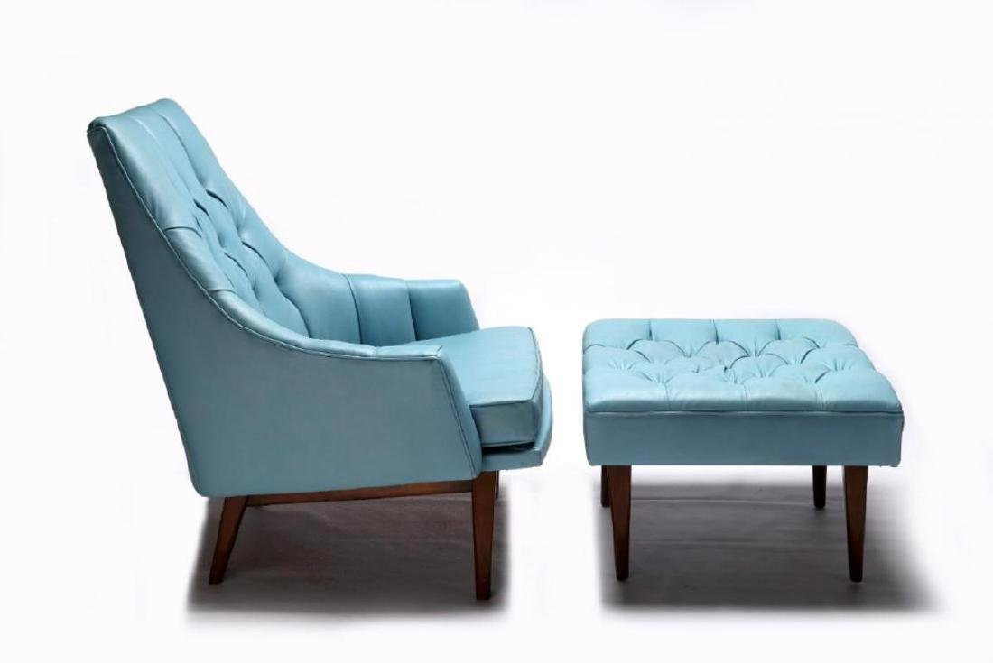 A MID 20TH CENTURY CHAIR AND OTTOMAN - 7