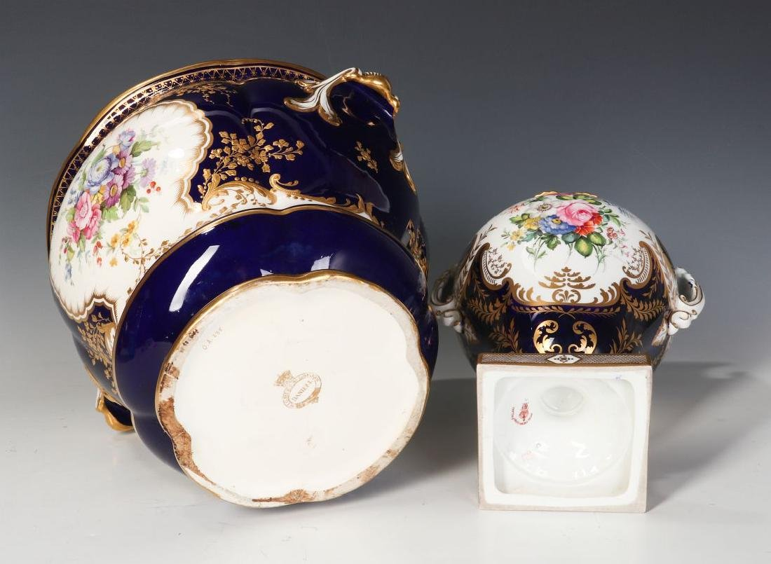 ROYAL CROWN DERBY AND OTHER ENGLISH PORCELAIN - 10