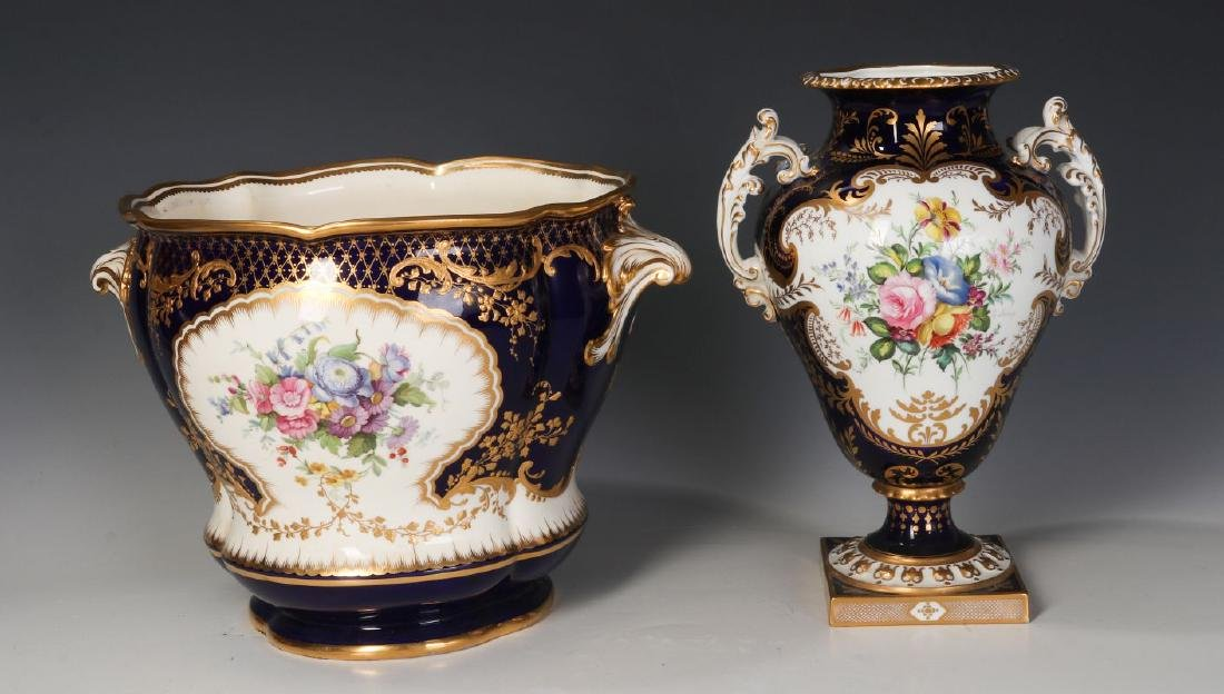 ROYAL CROWN DERBY AND OTHER ENGLISH PORCELAIN - 3