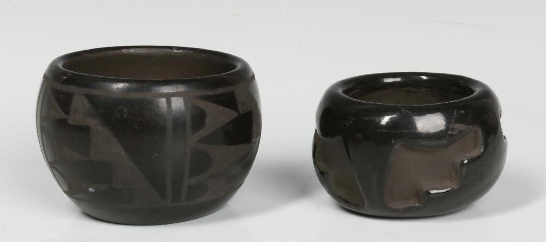 BLUE CORN AND OTHER NATIVE AMERICAN POTTERY - 6