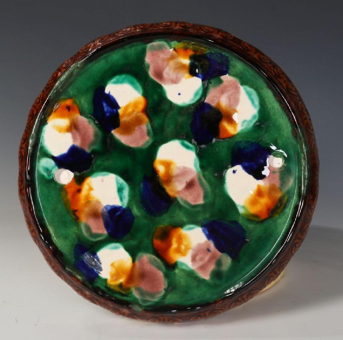 A 19TH C. ENGLISH MAJOLICA POTTERY CHEESE KEEPER - 10