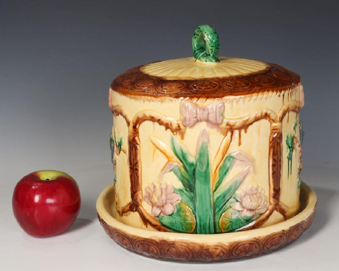 A 19TH C. ENGLISH MAJOLICA POTTERY CHEESE KEEPER - 5