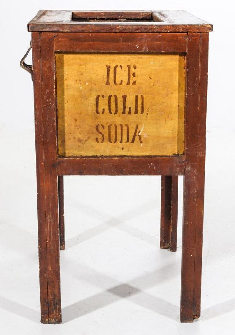 AN EARLY 20TH C AMERICAN COUNTRY STORE POP COOLER - 10
