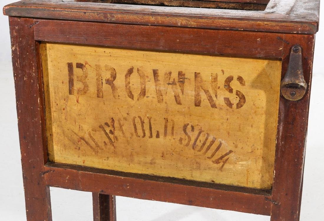 AN EARLY 20TH C AMERICAN COUNTRY STORE POP COOLER - 2