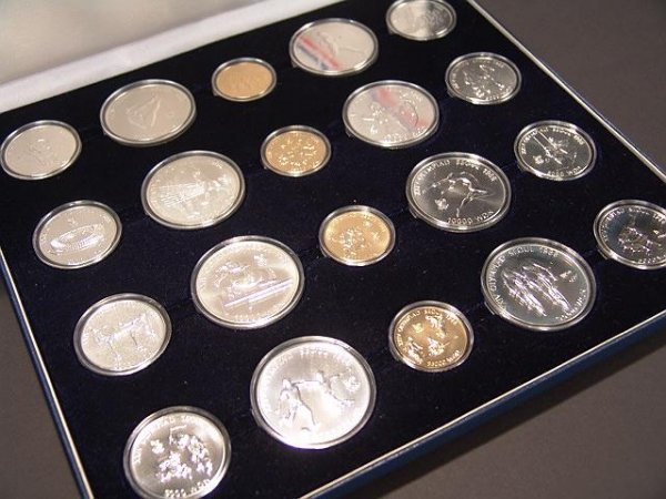 8: COMPLETE SET 1988 SEOUL OLYMPICS GOLD & SILVER COINS - 2