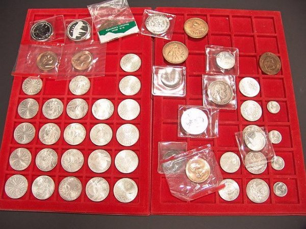 11: TWO FLATS OF GERMAN COINS AND MEDALLIONS