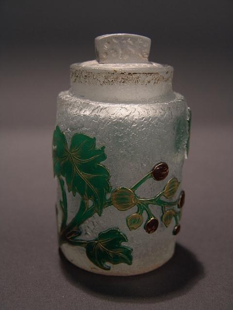 392: SMALL FINE DAUM NANCY COVERED JAR WITH ENAMEL
