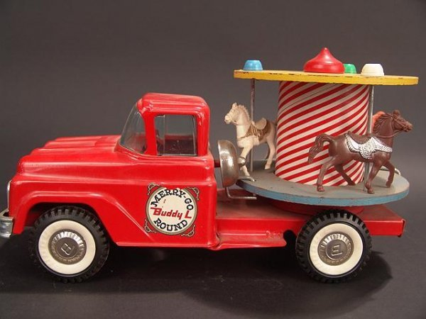 1017: BUDDY L MERRY-GO-ROUND CAROUSEL TRUCK