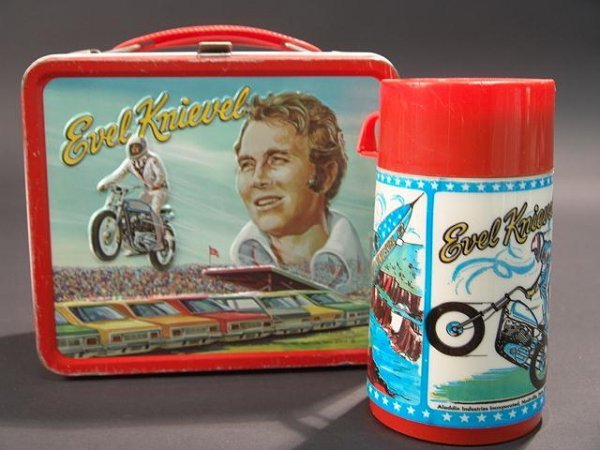 1058: VINTAGE EVEL KNIEVEL LUNCH BOX & THERMOS