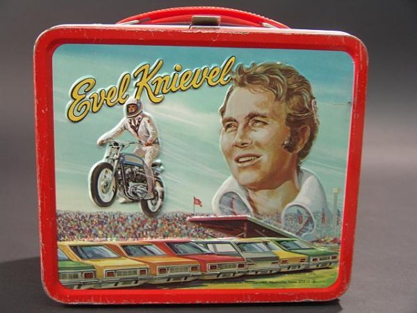 1058: VINTAGE EVEL KNIEVEL LUNCH BOX & THERMOS - 2