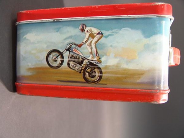 1058: VINTAGE EVEL KNIEVEL LUNCH BOX & THERMOS - 5