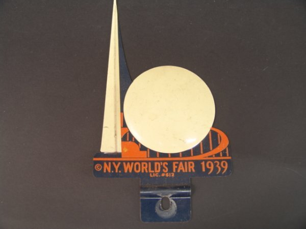 1183: VINTAGE NEW YORK WORLD'S FAIR 1939 TAG TOPPER