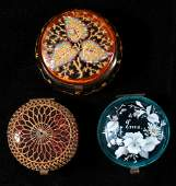 A COLLECTION OF VICTORIAN GLASS TRINKET BOXES