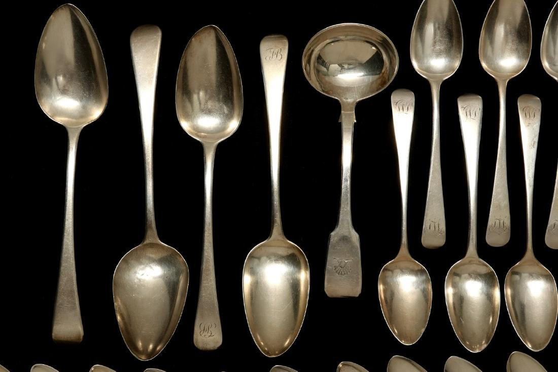 A COLLECTION OF GEORGIAN STERLING SPOONS C. 1800 - 2