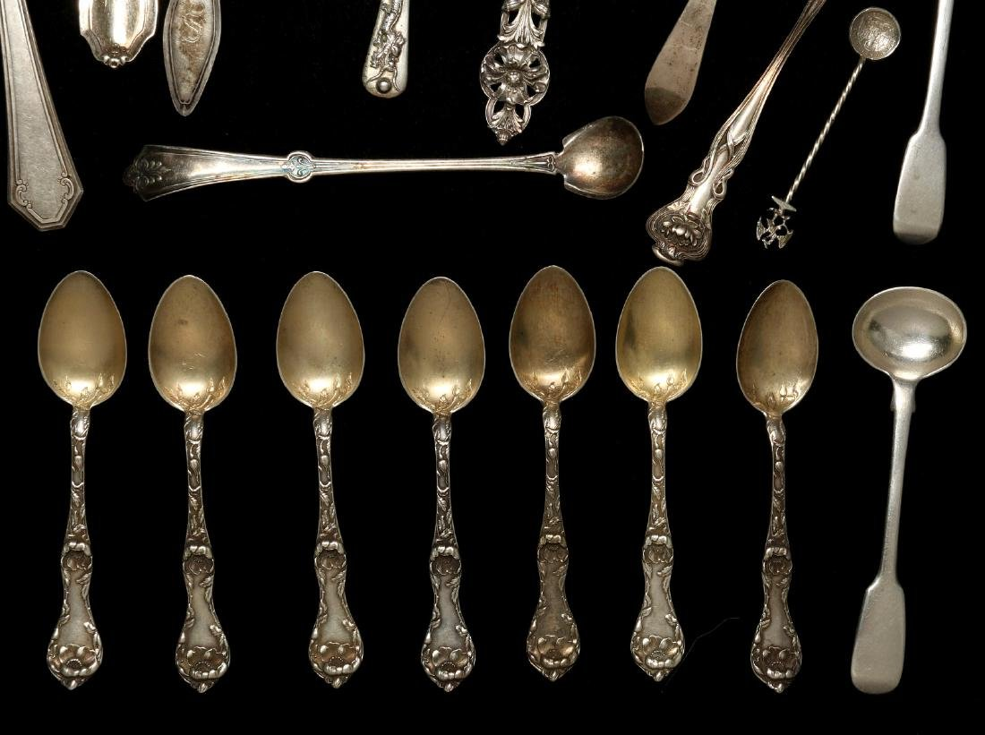 A COLLECTION OF STERLING SILVER FLATWARE - 4