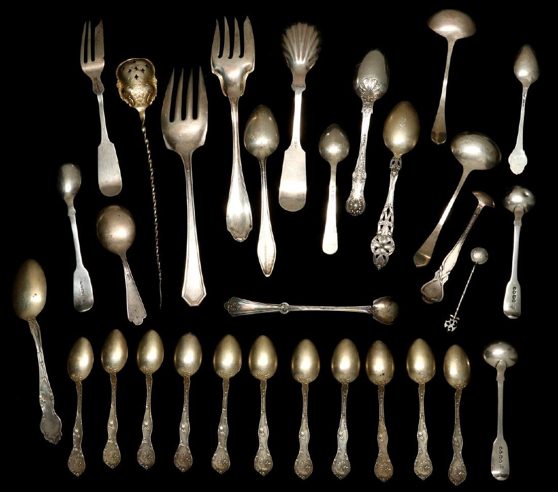 A COLLECTION OF STERLING SILVER FLATWARE - 9