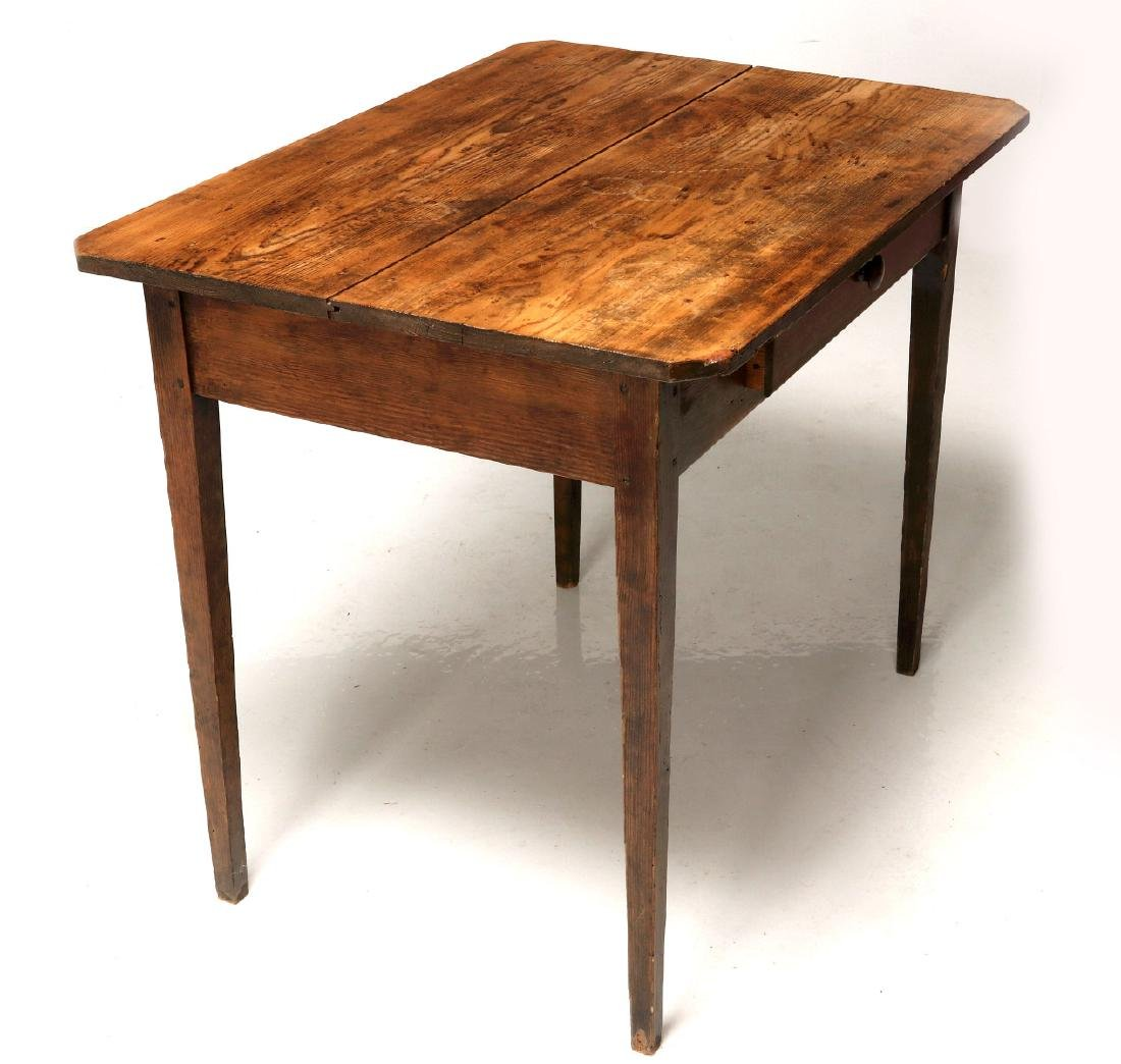 A 19TH CENTURY AMERICAN COUNTRY PINE STAND TABLE - 6