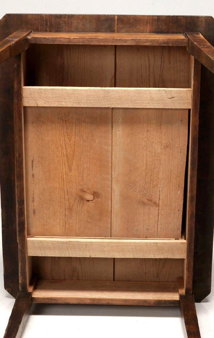 A 19TH CENTURY AMERICAN COUNTRY PINE STAND TABLE - 9