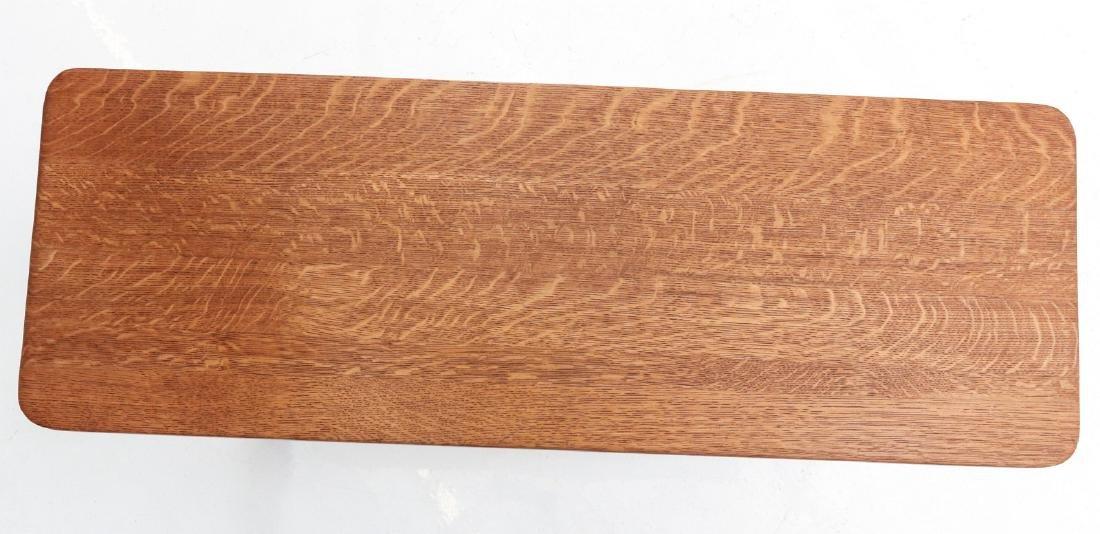 A NARROW OAK SOFA TABLE - 4