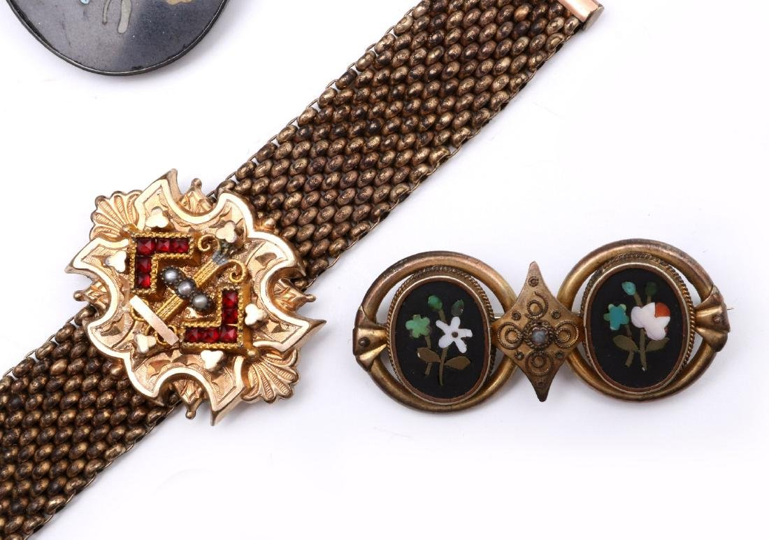 A COLLECTION OF VICTORIAN SMALLS, WATCH & JEWELRY - 3