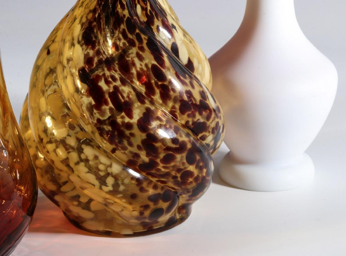 FOUR DIFFERENT VICTORIAN ART GLASS EXAMPLES - 5