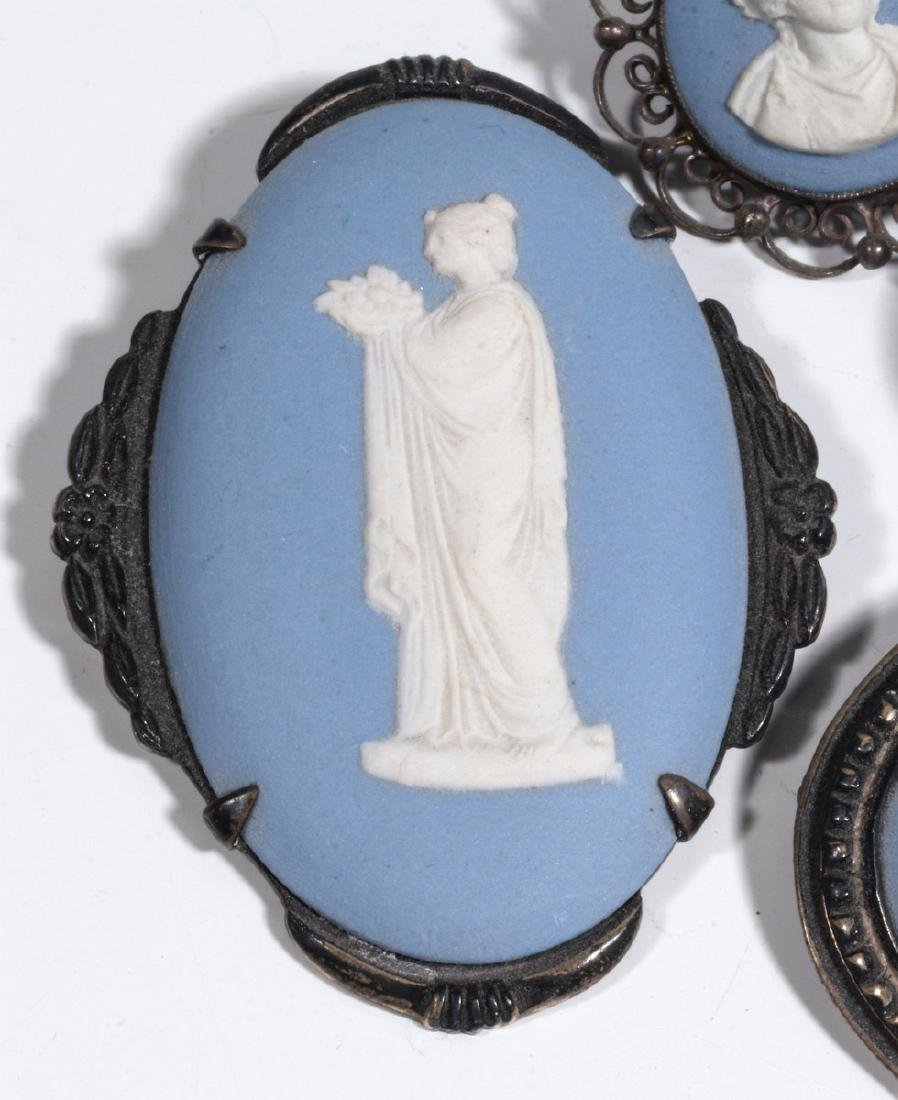 WEDGWOOD AND OTHER JASPER JEWELRY AND MINIATURES - 2