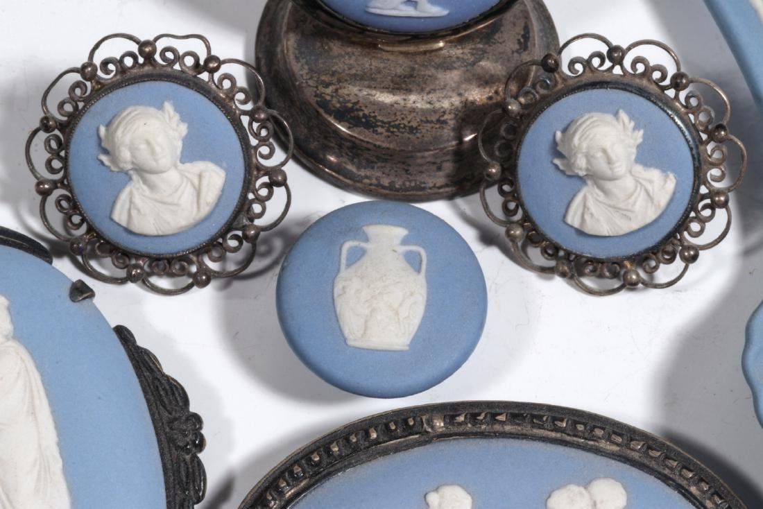 WEDGWOOD AND OTHER JASPER JEWELRY AND MINIATURES - 5