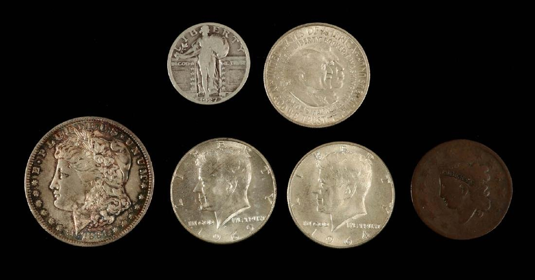 AN ESTATE LOT OF AMERICAN COINAGE