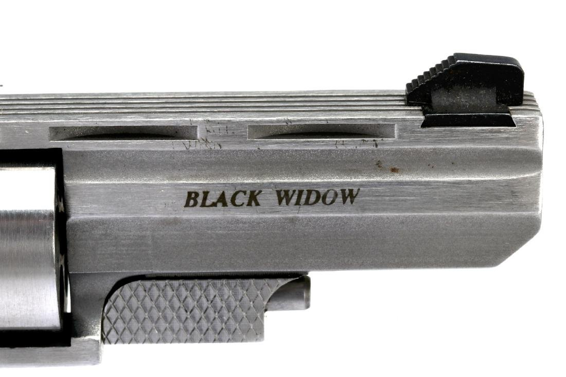 NORTH AMERICAN ARMS BLACK WIDOW .22 MAG REVOLVER - 4