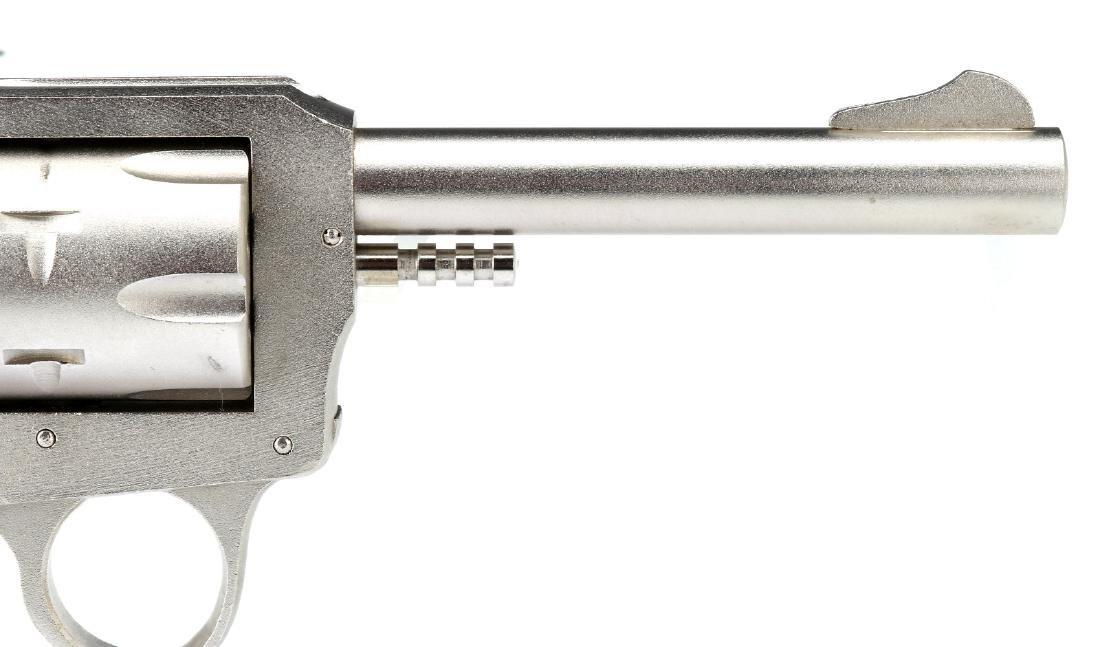 H & R MODEL 622 REVOLVER .22LR - 4