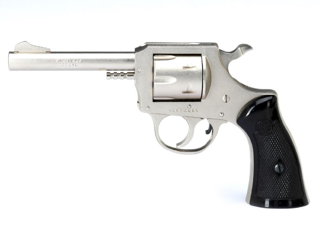 H & R MODEL 622 REVOLVER .22LR - 5