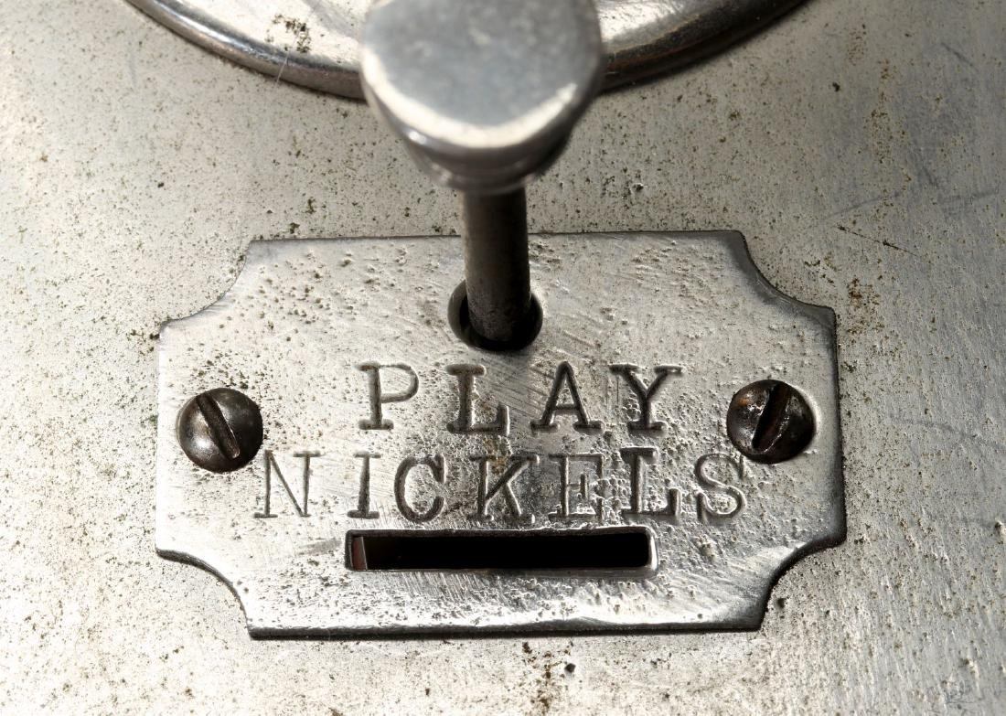 A 1906 'CAN'T LOSE' WRIGLEY GUM NICKEL DICE GAME - 10
