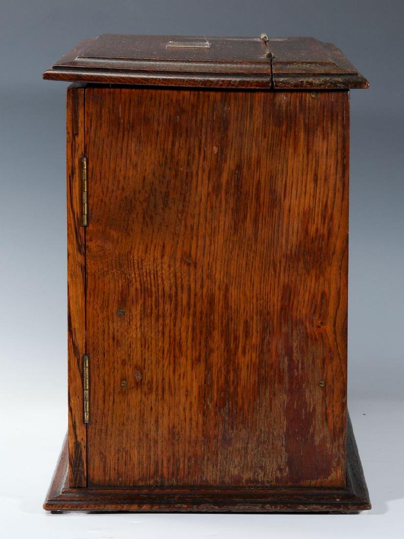 A CIRCA 1920s OAK PLAYING CARD AND GAMES CABINET - 6
