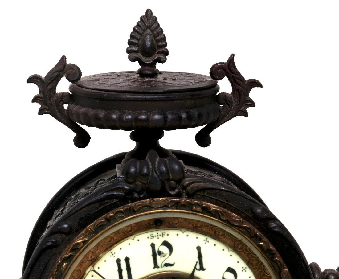 A NEW HAVEN SEATED STATUE CLOCK - 2