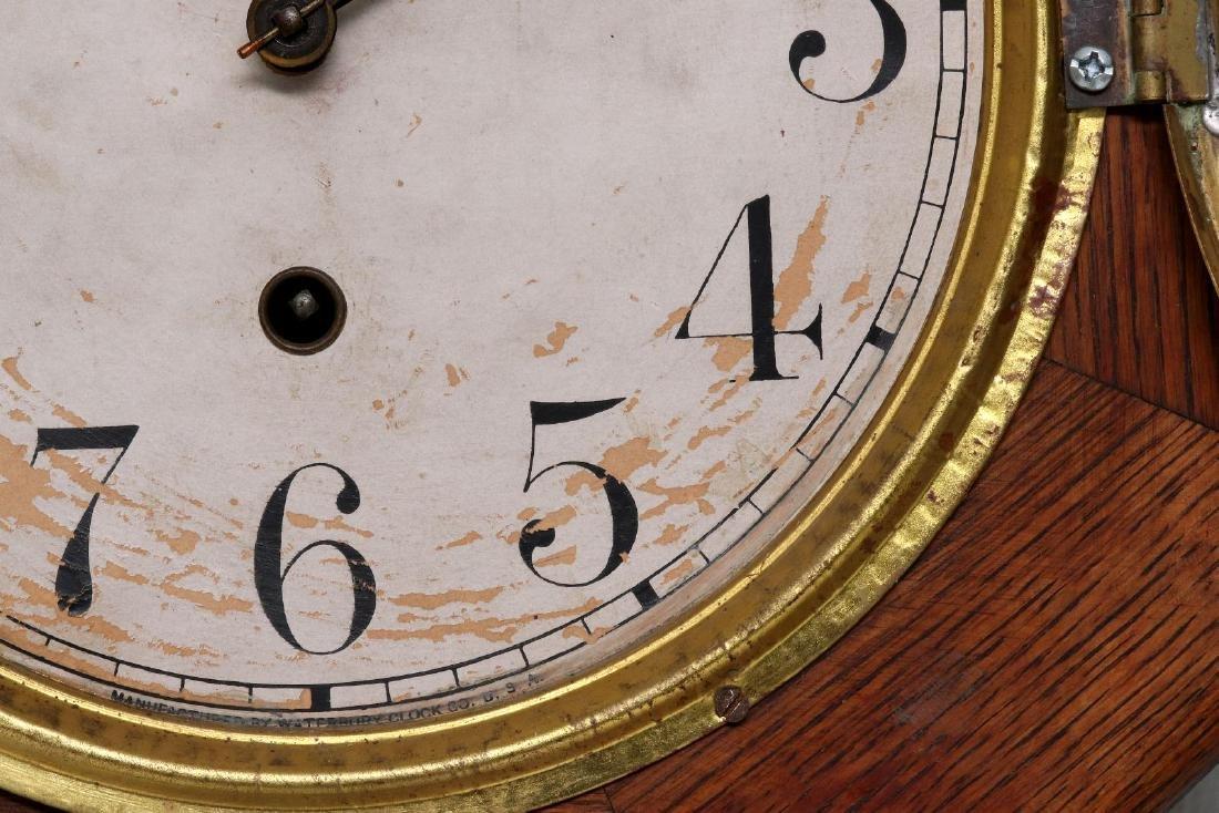 A WATERBURY SHORT DROP SCHOOLHOUSE CLOCK - 7
