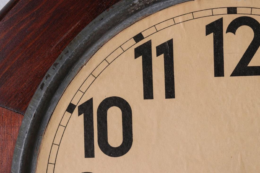 A SETH THOMAS SCHOOLHOUSE CLOCK - 2