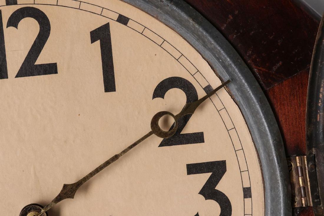 A SETH THOMAS SCHOOLHOUSE CLOCK - 3