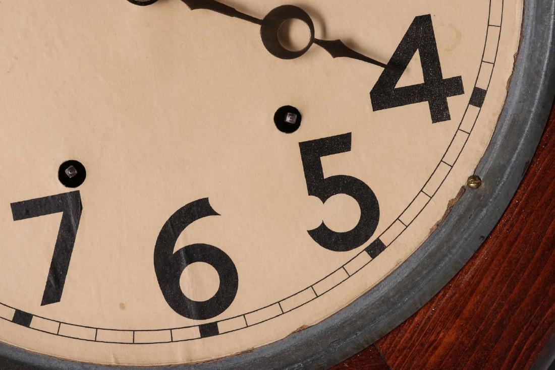 A SETH THOMAS SCHOOLHOUSE CLOCK - 4